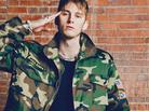 "Machine Gun Kelly Speaks On ""Black Flag"" Mixtape Title & ""Peso"" Track With Meek Mill & Pusha T"