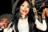 """Lil Kim Responds To Lil Wayne's Shot At Her On """"Pure Colombia"""""""