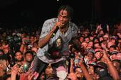 Travi$ Scott Scuffles With Fan After Alleged Chain Snatching In Arizona