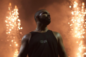 "Drake Takes Multiple Shots At Meek Mill At Philly ""Summer Sixteen"" Show"