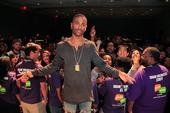 """Big Sean Previews """"No Favors"""" Featuring Eminem To A Gathering In Detroit"""