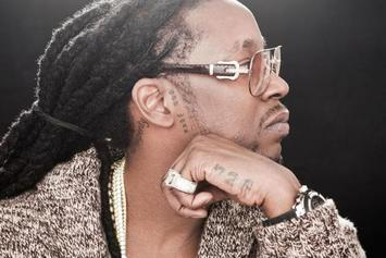 "2 Chainz Appears On ""2 Broke Girls"""