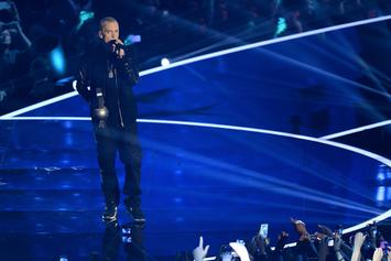 "Eminem Performs ""Berzerk"" & ""Rap God"" At MTV EMAs"