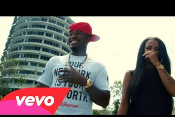 "Ne-Yo Feat. Jeezy ""Money Can't Buy"" Video"