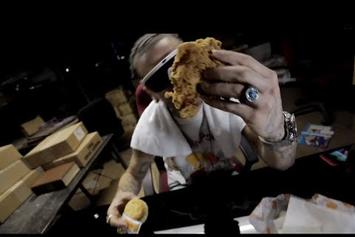 "Riff Raff ""LEFT WiTH A BiSCUiT CAME BACK WiTH A CHiCKEN"" Video"