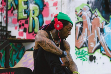 "See Footage From The Set Of Lil Wayne's ""HollyWeezy"" Video"