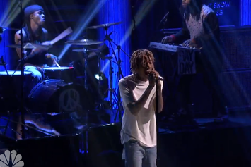 "Wiz Khalifa Performs ""See You Again"" On Jimmy Fallon"
