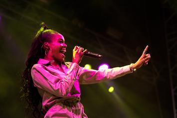 "Azealia Banks: ""America Picks & Chooses When It Likes To Be Offended"""