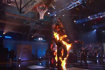 """5'5 Porter Maberry Wins $100,000 On """"The Dunk King"""" Season Finale"""