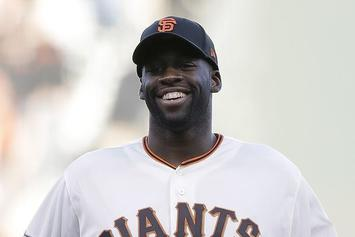 Draymond Green Throws Out Horrible First Pitch Before NLDS Game 4