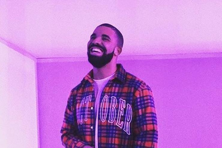 Drake at the hotline bling video shoot