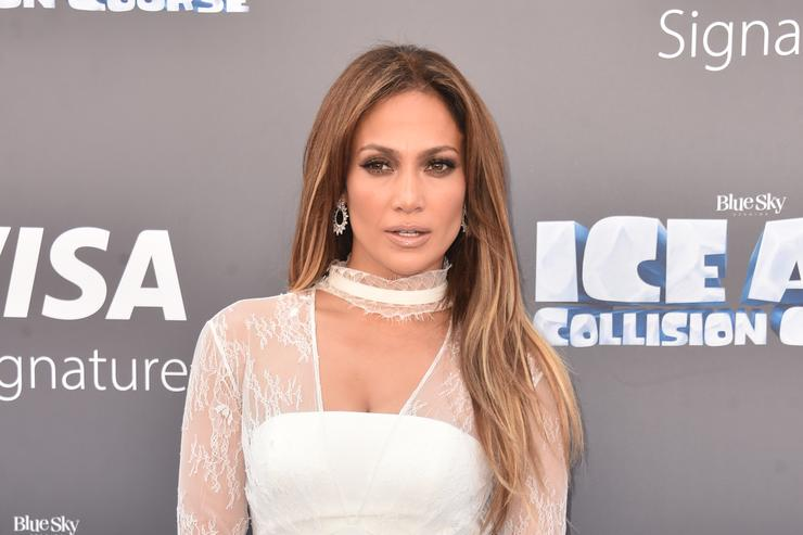 Jennifer Lopez at screening of Ice Age movie.