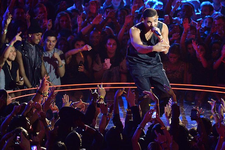 Drake performs during the 2013 MTV Video Music Awards at the Barclays Center on August 25, 2013 in the Brooklyn borough of New York City.