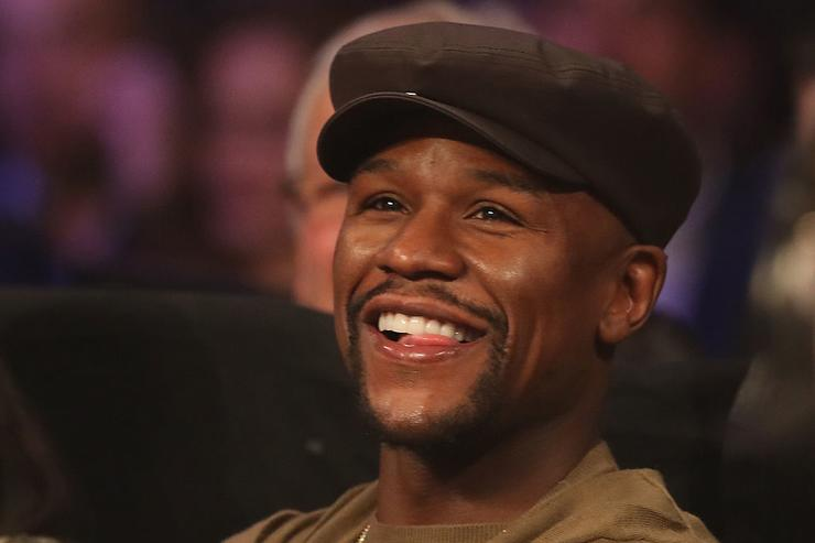 Floyd Mayweather Jr. watches ringside during the WBO featherweight championship fight between Oscar Valdez of Mexico and Osawa Hiroshige of Japan at the Thomas & Mack Center on November 5, 2016 in Las Vegas, Nevada.